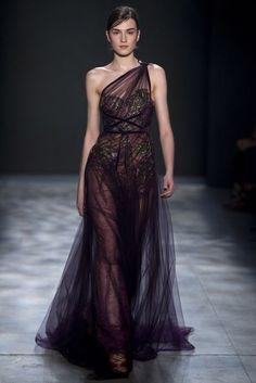 Marchesa Autumn/Winter 2017 Ready to Wear Collection | British Vogue