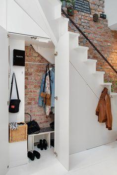 Hallway stairs idea