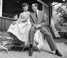 June 1959 , Buergenstock, Switzerland --- Actor Mel Ferrer and his actress wife Audrey Hepburn sit outside a chalet, on Burgenstock mountain near Lucerne. Audrey Hepburn Husband, Audrey Hepburn Pictures, Golden Age Of Hollywood, Classic Hollywood, Old Hollywood, Hollywood Stars, Roman Holiday, British Actresses, Actors