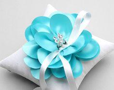 Fushia ring pillow flower ring bearer ring holder by louloudimeli