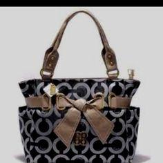 Black Coach handbag.,FASHION COACH BAGS UPCOMING!!!