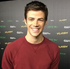 Grant Gustin - Barry Allen - The Flash