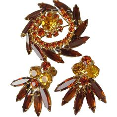 Vintage 1960's Juliana DeLizza & Elster Rhinestone Pin, Earrings Set - MINT In Box