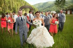 Montana Bride Featured Wedding / Petty Creek, MT / Photographer: Brian Powers Photography / Venue: Seven Mile Meadows, Petty Creek Montana / Dress: Watters,  Adelaide Gown / Flowers: Habitat Floral Studio / Hair: Erin at Sugar Tree Salon / Makeup: Jacquline with Alchemy Mineral Blends /
