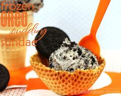 Frozen Dairy Free #Oreo Cookie Pudding Sundae ~ perfect treat for kids with food allergies