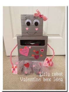 Looking for an idea for a Valentine's Day box? Check out our girly robot idea!!