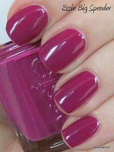Essie - Big Spender, on my nails now! Dark Pink Nails, Gold Glitter Nails, Nails Now, Sns Nails, Essie Nail Colors, Essie Nail Polish, Black Nail Designs, Acrylic Nail Designs, Super Nails