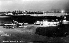 Wat weinig mensen weten is dat het Rotterdamse Vliegveld Waalhaven het eerste Nederlandse en Europese vliegveld was voor de burgerluchtvaart. Ook het eerste Nederlandse luchtvrachtvervoer vond vanaf dit vliegveld plaats. Op 10 mei 1940 werd het vliegveld grotendeels uitgeschakeld. Een Duits bombardement in de vroegste uren van de invasie op 10 mei vernietigde het grootste deel van de gebouwen. Het vliegveld is na de oorlog niet opnieuw opgebouwd en het gebied werd spoedig na de oorlog een…