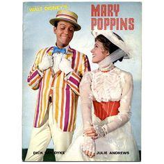 Dick Van Dyke and Julie Andrews Publicity photo for Mary Poppins, 1964 Mary Poppins And Bert, Mary Poppins Movie, Mary Poppins 1964, Julie Andrews Mary Poppins, Disney Love, Disney Magic, Disney Pixar, Walt Disney, Disney Travel