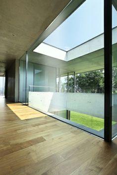 IQGlass - Oversized Glazing