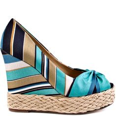 Chic stripes create this adorable style by Report. The Goldie brings you a multi color of blues, beige and white. A twisted fabric details the vamp and accents the raffia trimmed 4 inch wedge and 1 inch platform. Blue Heels, White Heels, Crazy Heels, Women's Espadrilles, Cute Wedges, Walk This Way, Dress And Heels, Shoe Game, Passion For Fashion