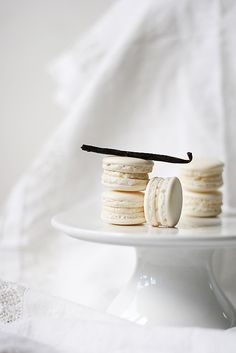 How to Make Macarons – French, Chocolate, Lemon Recipes