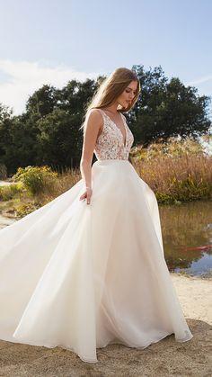 d3739812bb 1772 Best Wedding Dresses images in 2019