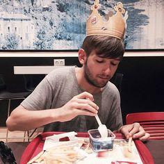 Ich werde diese Krone nie wieder abnehmen. #burger #food #twitter