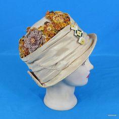1920s Flapper Silk Cloche Hat Straw Brim Velvet Flowers Celluloid Hatpin