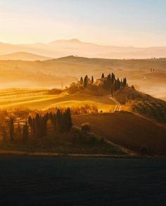 164.9 тыс. отметок «Нравится», 831 комментариев — BEAUTIFUL DESTINATIONS (@beautifuldestinations) в Instagram: «Golden hour in Italy ✨ (: @brahmino)»
