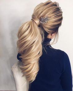 Gorgeous Ponytail Hairstyle Ideas That Will Leave You In FAB #ModernHairstylesForWomen