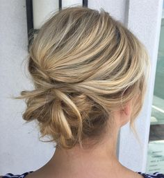 Messy Chignon for Medium Hair Hairdos for medium hair are not restricted to loosely waved bobs. Elevate your locks with a chignon. Feather out small sections of the updo to create texture, dimension and body. Without long locks or extensions, your bun Thick Hair Styles Medium, Updos For Medium Length Hair, Easy Hairstyles For Medium Hair, Curly Hair Styles, Casual Updos For Medium Hair, Updos For Thin Hair, Updo Styles, Medium Lengths, Bridesmaid Hair Medium Length Thin