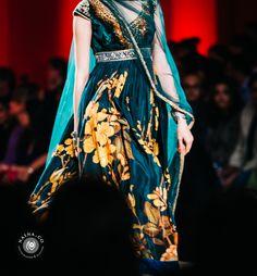 JJ Valaya Amazon India Fashion Week Autumn Winter 2015, #AIFWAW15 #NainaCo #IndianFashion