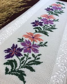 Saree Painting Designs, Paint Designs, Cross Stitch Kits, Crochet Lace, Cross Stitch Alphabet, Face Towel, Crochet Table Runner, Embroidery Ideas, Christmas Ornaments