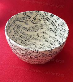 Bumble Bee's Craft Den: Papier Mache Bowl