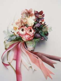 Pink bouquet with ombre ribbon