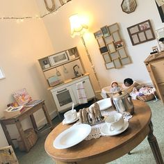 Reggio Classroom, New Classroom, Classroom Design, Classroom Displays, Home Corner Ideas Early Years, Baby Room Ideas Early Years, Curiosity Approach Eyfs, Childcare Rooms, Reggio Inspired Classrooms