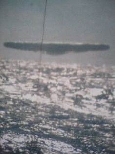 Leaked Top Secret UFO Photos: Huge UFOs over the Arctic Leaked UFO footage from 1971 from the submarine USS Trepang. Evidence alien ships looking for oil in the Arctic. Is there a UFO base? Ancient Aliens, Aliens And Ufos, Unexplained Mysteries, Unexplained Phenomena, Atlantis, Ufo Evidence, Us Navy Submarines, Pseudo Science, Alien Ship