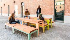 Bovedilla cerámica utilizada como mobiliario urbano - diariodesign.com