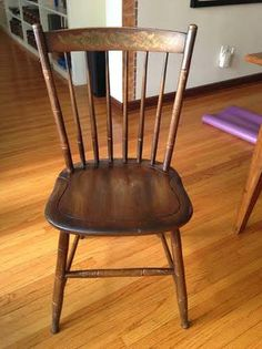 Set of 4 vintage wooden dining chairs by the Hitchcock Chair Company, Conn. $160