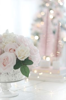 The most adorable Pink Christmas Trees Decor. Pink Christmas Decorations, Pink Christmas Tree, Christmas Wishes, Table Decorations, Girly Things, Girly Stuff, Christmas Aesthetic, Pink Aesthetic, Beautiful Roses