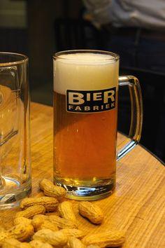 BIER EN KIPPETJES BIJ DE BIERFABRIEK   ENJOY! The Good Life   #bierfabriekamsterdam #Amsterdam #Netherlands
