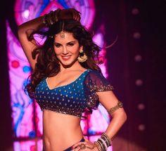 Hot! Sunny Leone's Laila Main Laila… Look Is Out ( आ रही है लैला, शाहरुख खान भी कर रहे हैं लैला सनी लियोनी को प्रमोट)