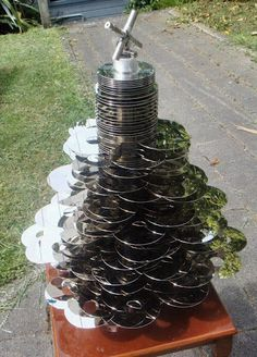 Disk Tree~Unusual Christmas Tree's - Marilee Aschwanden - Picasa Web Albums