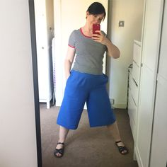 Culottes were a staple of my mom's work wardrobe in the late 1970's & 1980's - although she favoured the ones that looked like skirts
