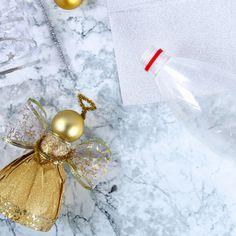 Ange DIY en bouteille recyclée - Une activité de Tête à modeler Diy And Crafts, Gift Wrapping, Christmas, Gifts, Teacher, Recycling, Christmas Crafts, Bricolage Noel, Christmas Arts And Crafts