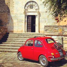 Buongiorno from Suvereto, little hamlet in the countryside of Costa degli Etruschi #suvereto #fiat500 | Photo by toomuchtuscany