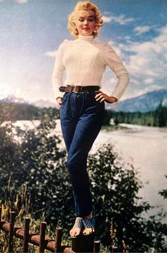 """Marilyn Monroe 60´s via Vogue IT """"Jeans then and now"""""""