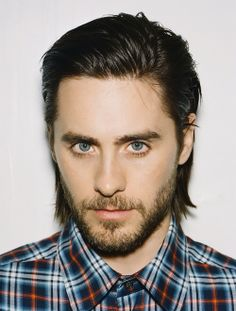 Jared Leto is so amazing at singing  that it just makes me feel more alive :D…