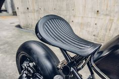 Custom bike BMW batman zwart Rough Crafts100
