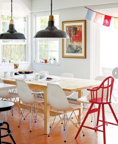 Interior: A Mix Of Vintage And Contemporary Decor