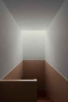 Ricardo Bak Gordon - House in Pousos, Leiria, 2012 Staircase Handrail, Interior Staircase, Arch Interior, Interior Exterior, Interior Styling, Railings, Staircases, Detail Architecture, Stairs Architecture