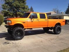 Ford F-350 lifted crew cab
