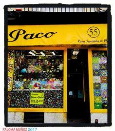 Conocida tienda situada en la Calle Toledo que desde 1934 vende caramelos, dulces y bombones además de productos de fabricación propia. Well-known store located in Toledo Street that since 1934 sells candy, sweets and chocolates as well as products of its own