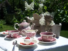 Two Cottages And Tea: White Lilac Tea