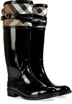 - 19 Beautiful Must Haves For Your Fall Wardrobe, According To Burberry London Rubber Boots with Check Trim Bootie Boots, Shoe Boots, Shoe Bag, Women's Shoes, Ugg Boots, Boot Over The Knee, Cute Shoes, Me Too Shoes, Burberry Shoes
