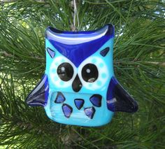 Blue-owl-fused-glass-christmas-ornament