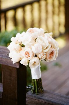 bridal bouquet; Featured Photography: Erin Hearts Court