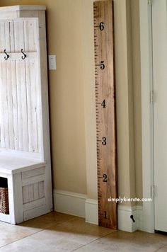 Love this DIY for a growth chart for your kids. w/ SimplyKierste