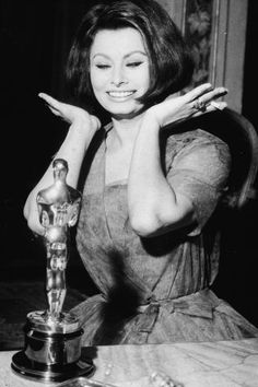A history of what every Oscar Best Actress winner has worn to accept her award: Sophia Loren